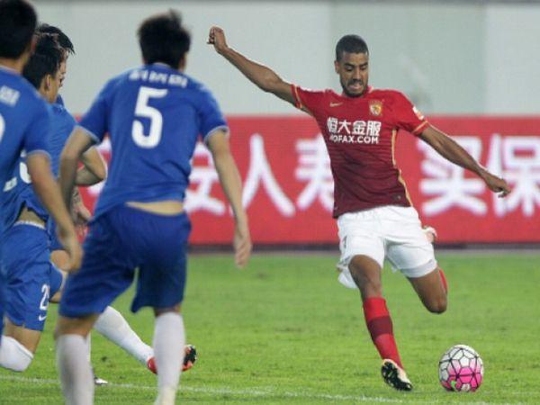 Soi kèo Jiangsu Suning vs Guangzhou Evergrande, 17h00 ngày 24/9