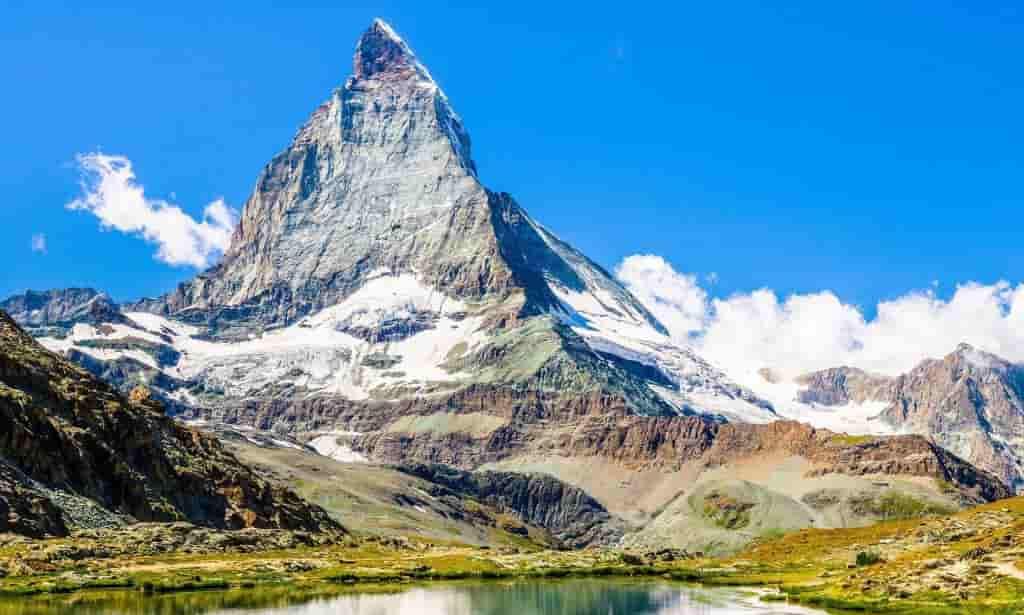 Giấc mơ thấy núi mang điềm báo gì? Đánh số gì chắc trúng
