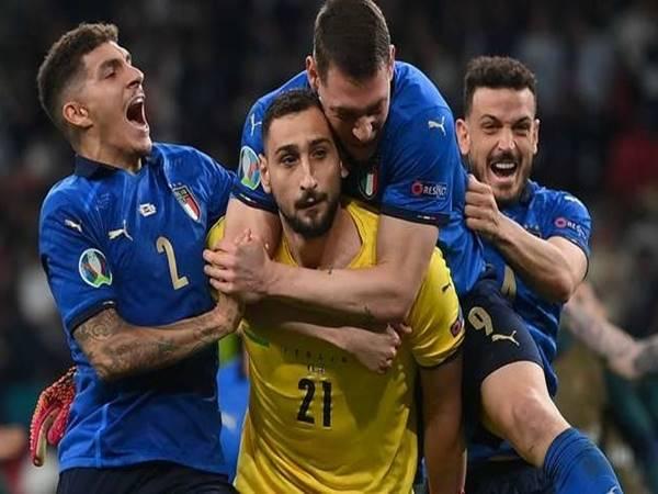 Tin bóng đá chiều 21/7: Cannavaro quay lưng với Donnarumma và Jorginho