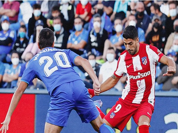 Bóng đá quốc tế 25/9: Luis Suarez làm được điều khó tin