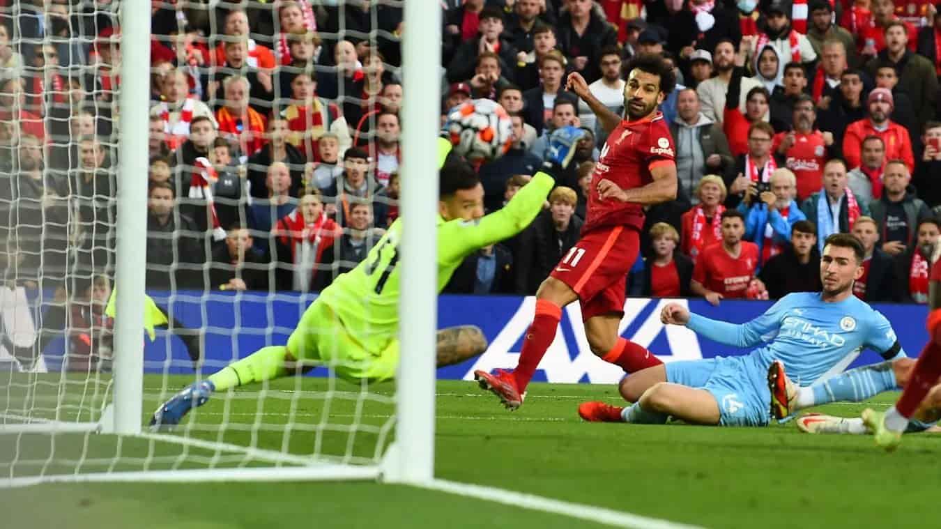 Tin bóng đá 04/10: Liverpool buộc Mohamed Salah với hợp đồng mới